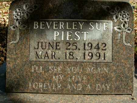 PIEST, BEVERLEY SUE - Boone County, Arkansas | BEVERLEY SUE PIEST - Arkansas Gravestone Photos