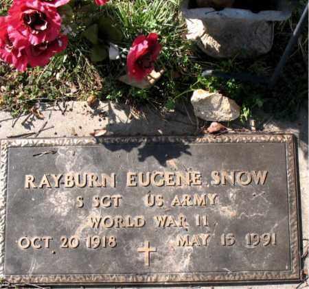 SNOW  (VETERAN WWII), RAYBURN EUGENE - Boone County, Arkansas   RAYBURN EUGENE SNOW  (VETERAN WWII) - Arkansas Gravestone Photos