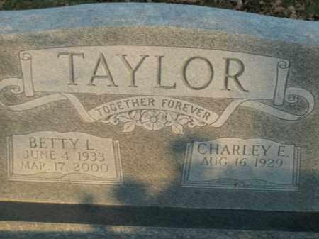 TAYLOR, BETTY L. - Boone County, Arkansas   BETTY L. TAYLOR - Arkansas Gravestone Photos
