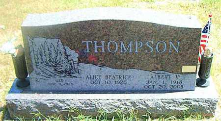 THOMPSON  (VETERAN), ALBERT V - Boone County, Arkansas | ALBERT V THOMPSON  (VETERAN) - Arkansas Gravestone Photos
