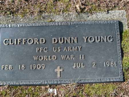 YOUNG  (VETERAN WWII), CLIFFORD DUNN - Boone County, Arkansas | CLIFFORD DUNN YOUNG  (VETERAN WWII) - Arkansas Gravestone Photos