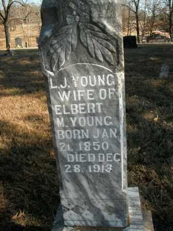 YOUNG, LOUISA J - Boone County, Arkansas | LOUISA J YOUNG - Arkansas Gravestone Photos