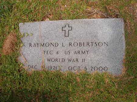 ROBERTSON (WWII), RAYMOND LAYMOND - Calhoun County, Arkansas | RAYMOND LAYMOND ROBERTSON (WWII) - Arkansas Gravestone Photos