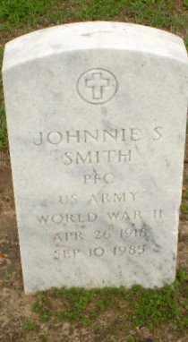 SMITH  (VETERAN WWII), JOHNNIE S. - Clay County, Arkansas   JOHNNIE S. SMITH  (VETERAN WWII) - Arkansas Gravestone Photos
