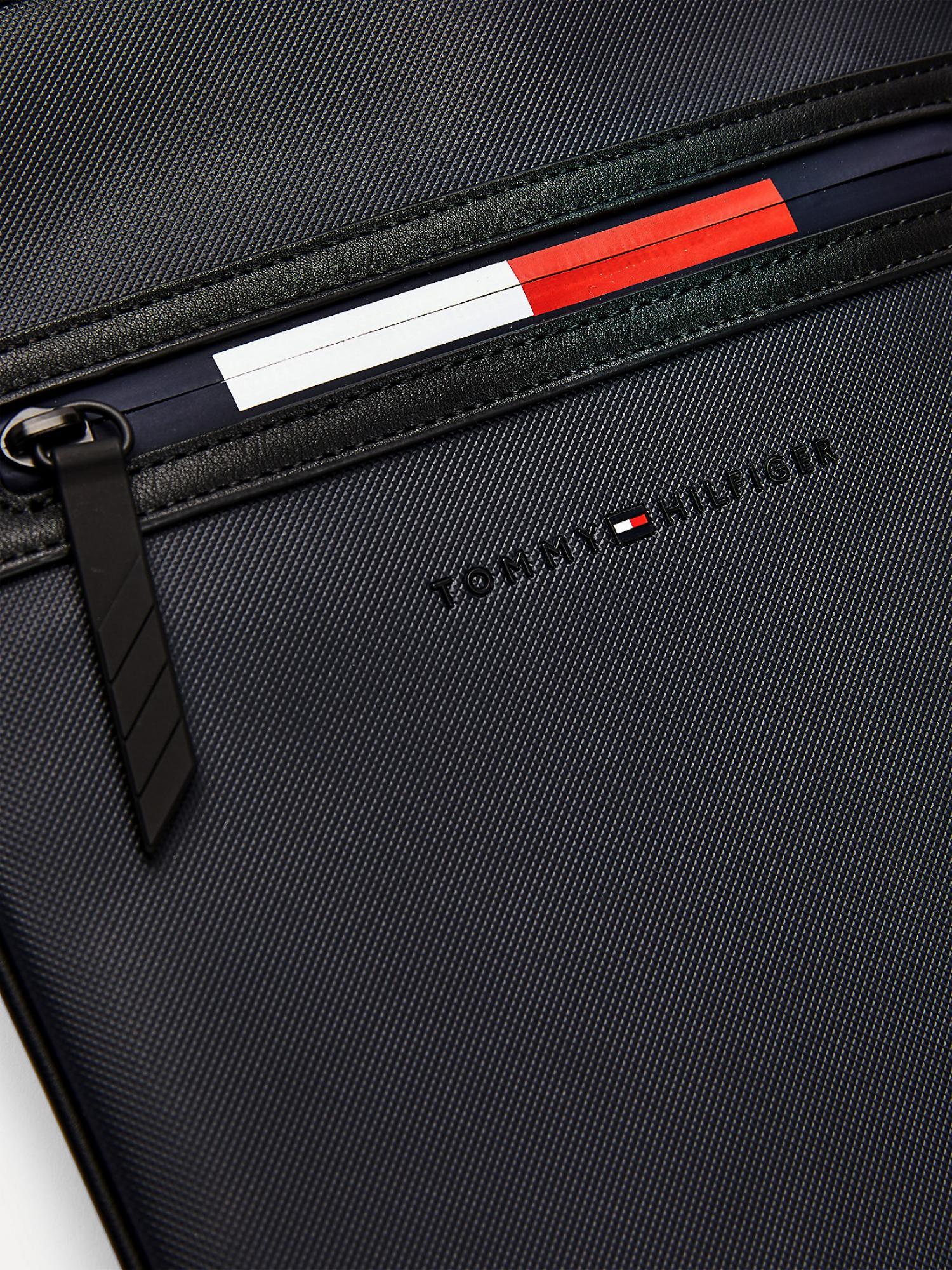 Borsa a tracolla Essentian con zip iconica TOMMY HILFIGER | AM0AM07259DW5