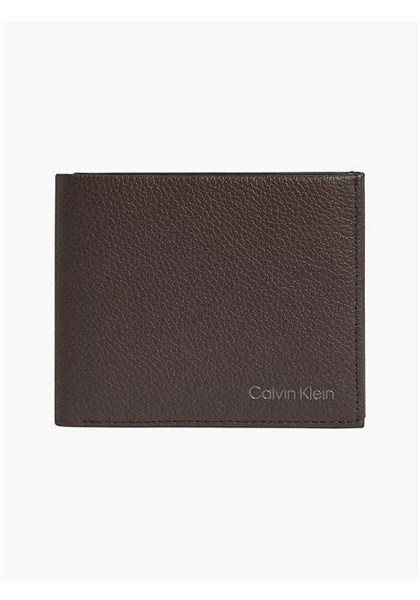Portafoglio con portamaonete CALVIN KLEIN | K50K507379DARK BROWN