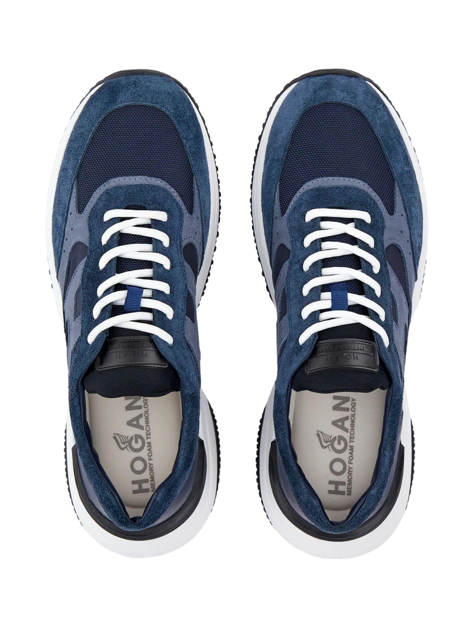 Sneakers Hogan in camoscio HOGAN   Scarpe   HXM5450DN90PNS615E