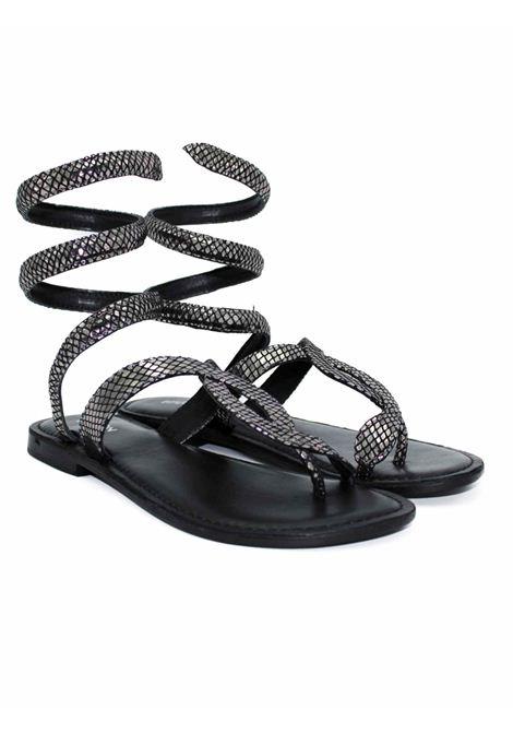 Sandalo laminato nero FUSION | Sandalo | CBF.R217037GUN