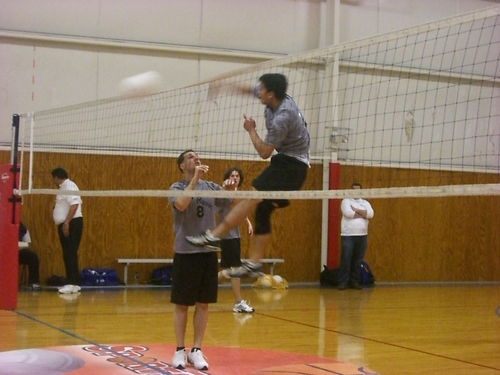 how to become better at volleyball