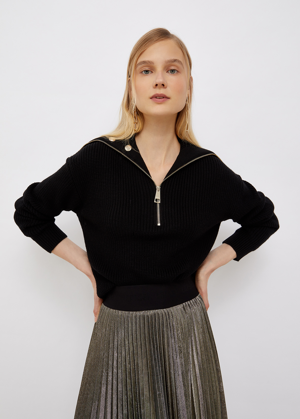 Maglia donna nera con borchie Liu-Jeans | WF1329MA51I22222