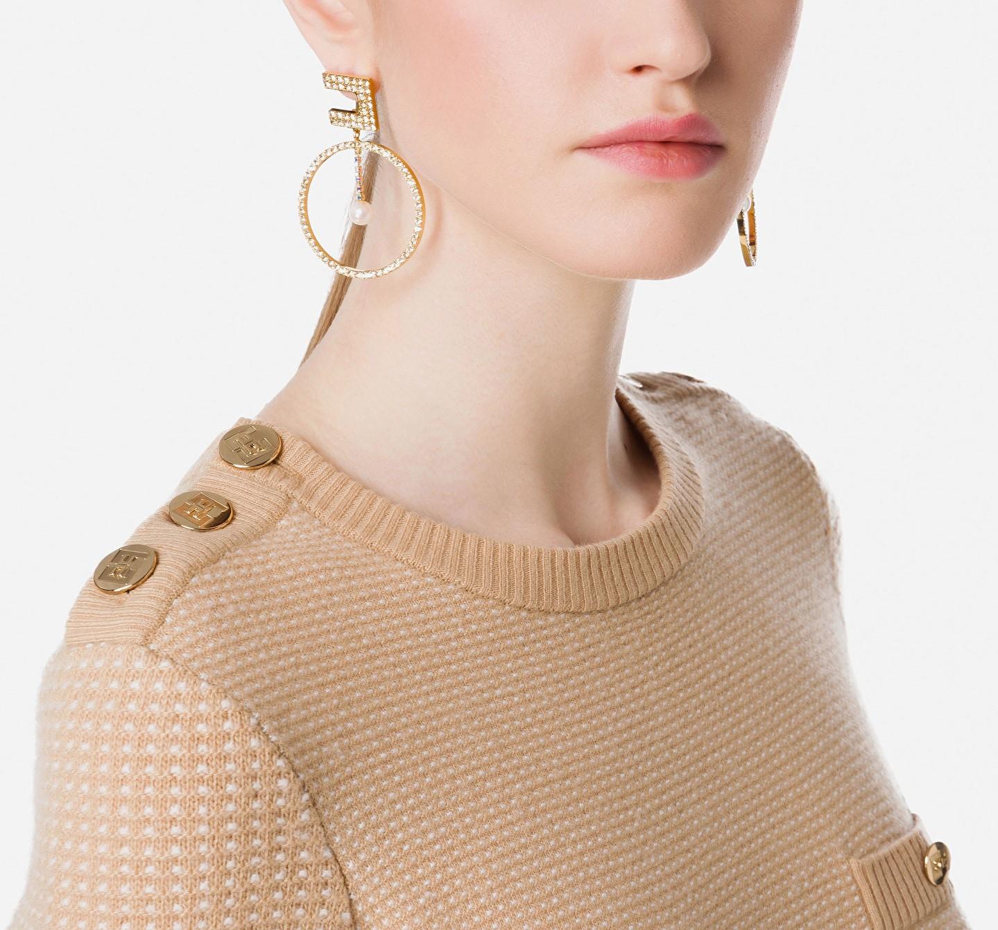 Orecchini pendenti con perle ELISABETTA FRANCHI   Orecchini   OR02A16E2610