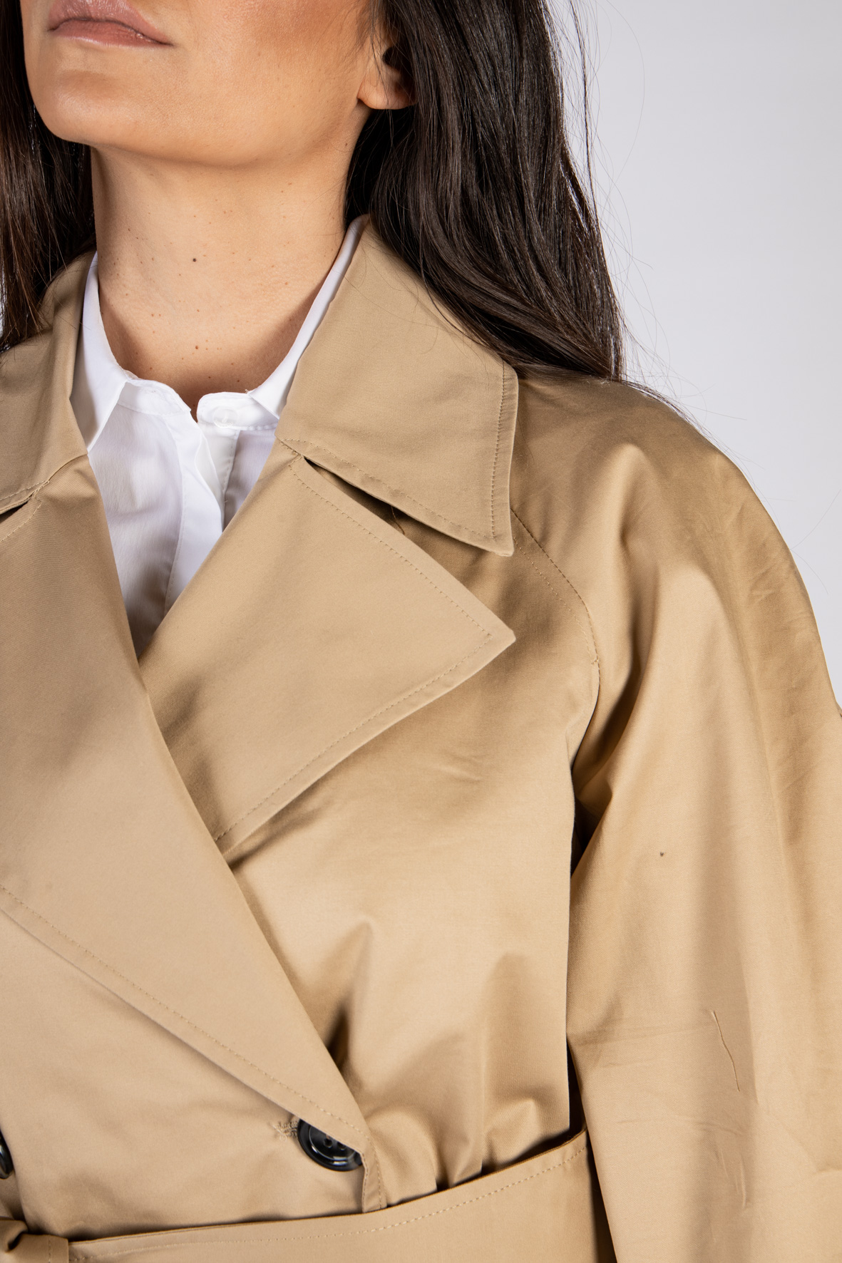 IMPERIAL   Trench    KH25BDY1806