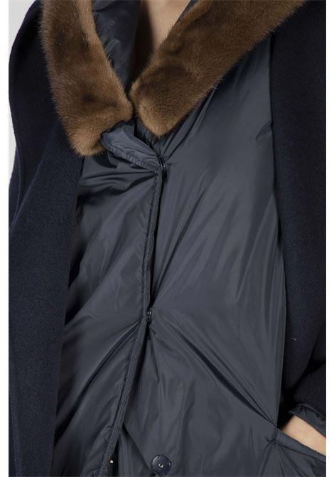 Cappotto con cappuccio bordato in visone P.A.R.O.S.H. | Cappotto | D490527P012