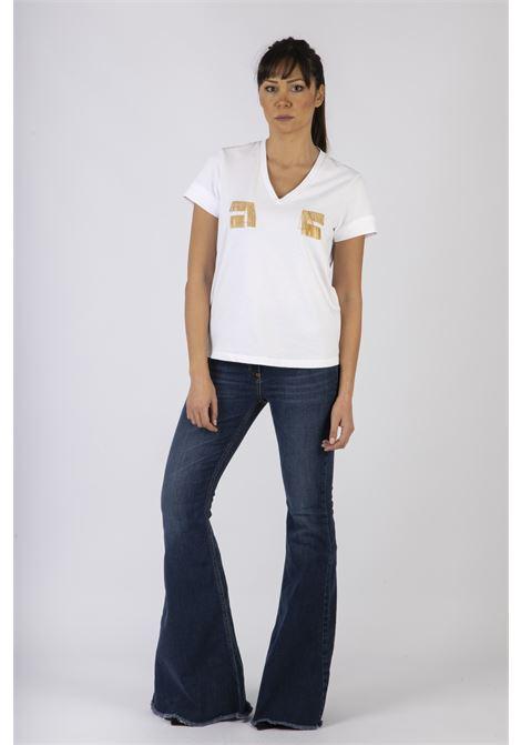 T-shirt con logo ricamato in oro light ELISABETTA FRANCHI | Maglia | MA15606E2270