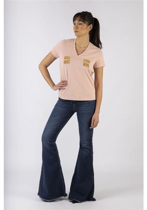 T-shirt con logo ricamato in oro light ELISABETTA FRANCHI | Maglia | MA15606E2W79