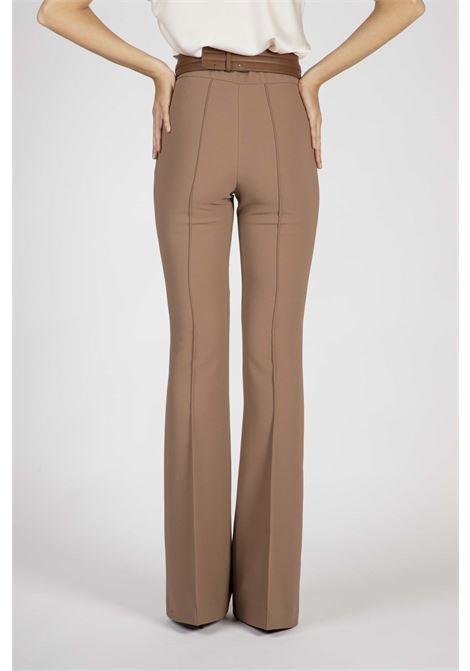 Pantalone a zampa con cintura ELISABETTA FRANCHI | Pantaloni | PA36106E2038
