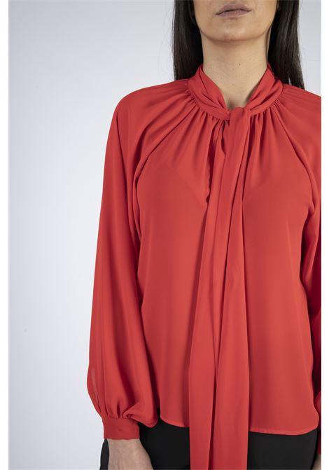 Blusa con collo a goccia e fiocco IMPERIAL   Camicia   CJB9AEG1365