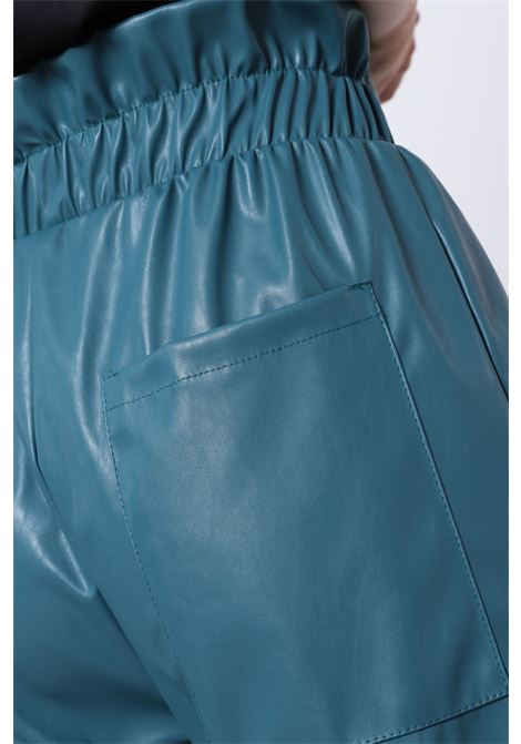 PANTALONI IN SIMILPELLE CON VITA ARRICCIATA IMPERIAL | Pantaloni | P1W2ADB1760