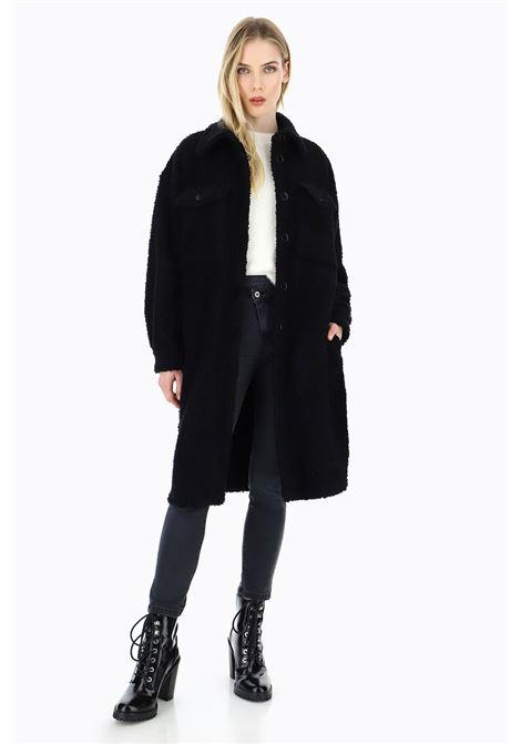 cappotto stile camicia in teddy PLEASE | Cappotto | K0B3YC80001900