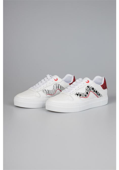 Manila Grace | Sneakers  | S653LMMA104