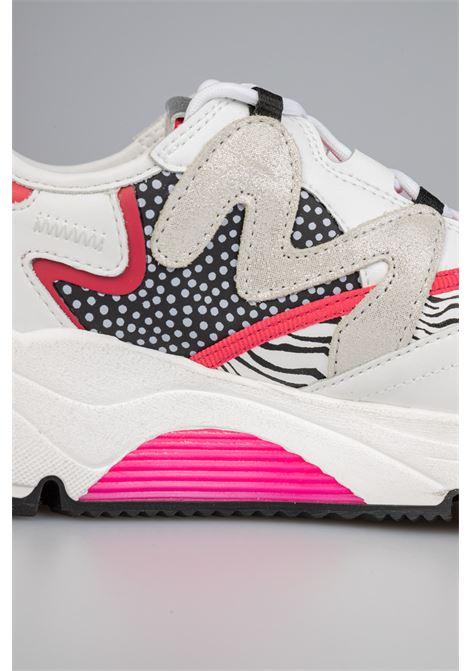 SNEAKER RUNNING CON LOOP SU LINGUETTA E MIX DI MATERIALI Manila Grace | Sneakers | S672LUMA077