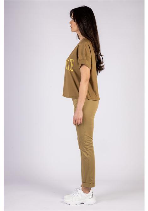 T-SHIRT A MANICHE SCESE STAMPA LOGO Manila Grace | T-shirt | T436CUMA014