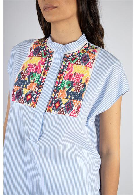 Camicia Righe con Ricami VICOLO | Camicia | TH1958CELESTE