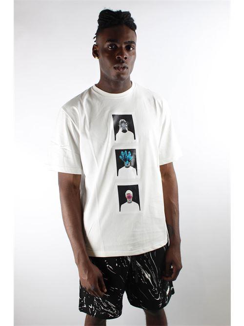 MIRA   T-shirt   FRAME2