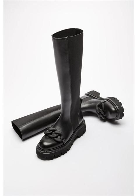 CHUNKY CHAIN-EMBELLISHED KNEE-HIGH BOOTS N°21 |  | 21ISP02200220N001