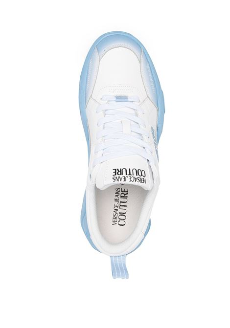 sneakers bianca e celeste VERSACE JEANS COUTURE | Scarpe | E0.YWASF6.71960039