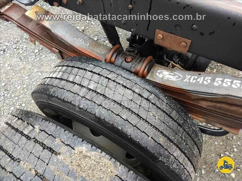 FORD CARGO 816 397000km 2013/2013 Rei da Batata Caminhões