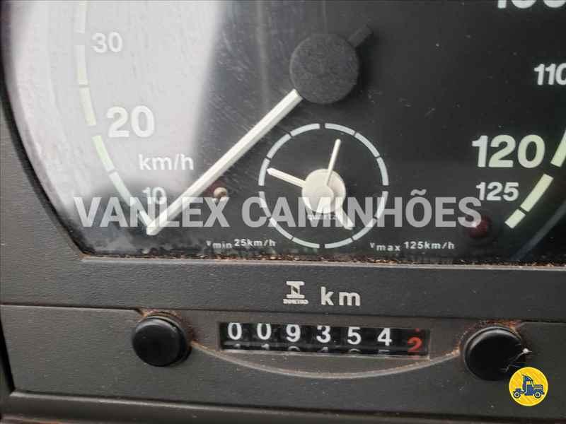 IVECO TECTOR 150E21 9000km 2015/2015 Vanlex Caminhões
