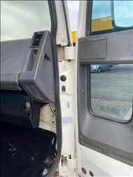 FORD CARGO 815  2002/2002 Estacionamento Gaucho