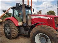 MASSEY FERGUSON MF 7180  2010/2010 Só Agrícola Máquinas e Peças