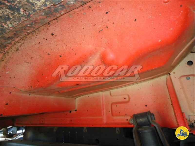 MERCEDES-BENZ MB 1620  1999/1999 Rodocar Caminhões