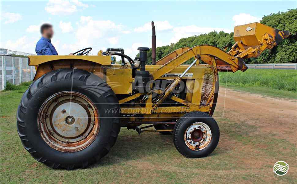 CBT CBT 2105  1978/1978 AGROBILL Tratores & Implementos Agrícolas