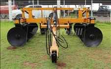 TERRACEADOR 14 DISCOS  20 AGROBILL Tratores & Implementos Agrícolas