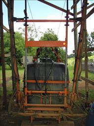JACTO CONDOR 600 AM12  2000/2000 BBR Tratores