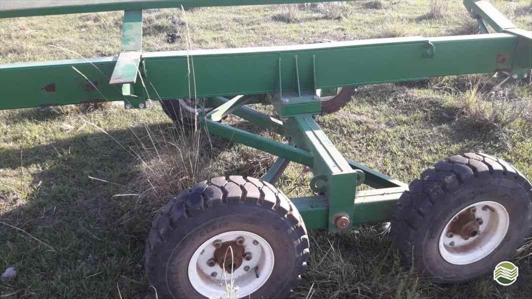 CARRETA AGRÍCOLA PLATAFORMA COLHEITADEIRA  2018 Starmaq Implementos Agrícolas