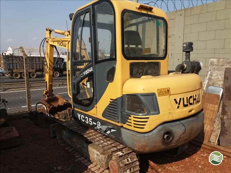 YUCHAI YC35-8  2011/2011 Sumaré Máquinas e Veículos