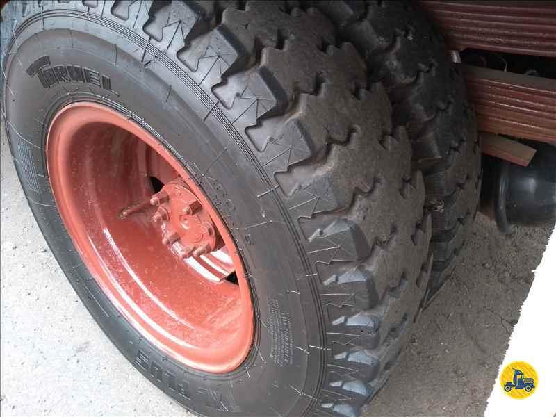 MERCEDES-BENZ MB 608  1982/1982 Onda Caminhões