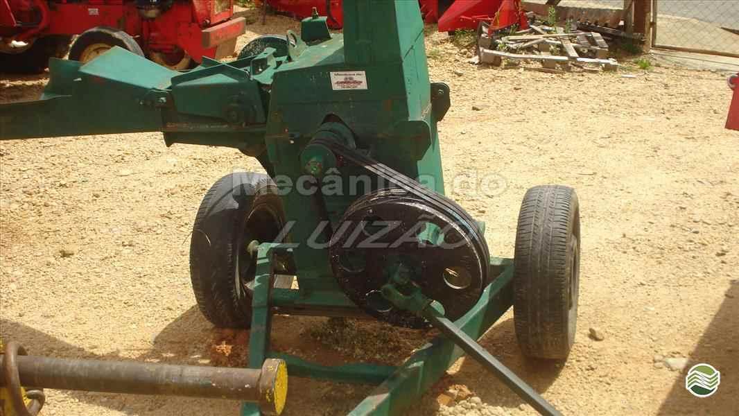 ENSILADEIRA PICADOR ENSILADEIRA  2000 Mecânica do Luizão