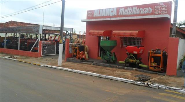 Foto da Loja da Aliança Multimarcas Tratores