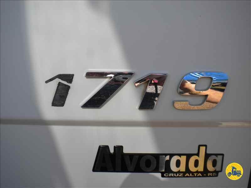 MERCEDES-BENZ MB 1719 1111km 2014/2014 Evandro Caminhões