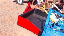 PLATAFORMA PARA TRATOR BASCULANTE RASPADEIRA  2008 Tratorama Máquinas e Implementos