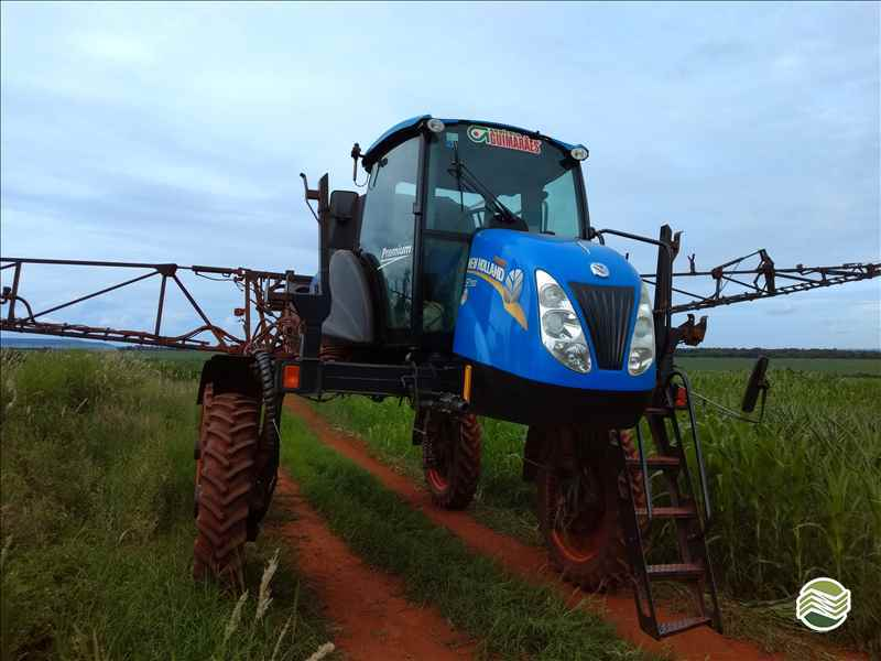 NEW HOLLAND SP2500  2015/2015 Carpal Tratores - New Holland