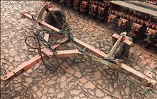 ACOPLAMENTO TANDEM TANDEM 2 PLANTADEIRAS  2000 Gobo Implementos Agrícolas