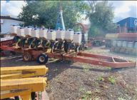 CARRETA AGRÍCOLA TRANSPORTE PLANTADEIRA  2000 Gobo Implementos Agrícolas