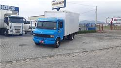 MERCEDES-BENZ MB 710 1km 2005/2005 Itajai Caminhões