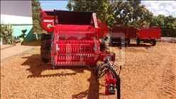 ENLEIRADOR ENLEIRADOR DE PEDRAS  2000 Moi Maquinas e Implementos Agricolas